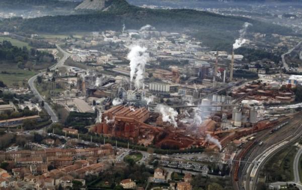 Vue aérienne Altéo ( Péchiney , Rio Tinto )